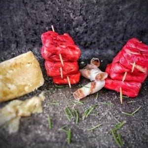 Bombette di fassona con lardo e pecorino